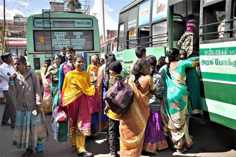 Live Chennai: More passengers travel in TNSTC during Ayudha