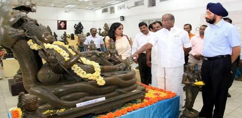 Live Chennai Sirpangal By Poompuhar Exhibition Minister For Rural