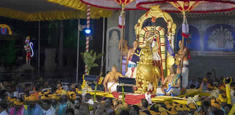 abf59ab1e84 On the 2nd day of the grand Navaratri Brahmotsavam at the Tirupathi temple